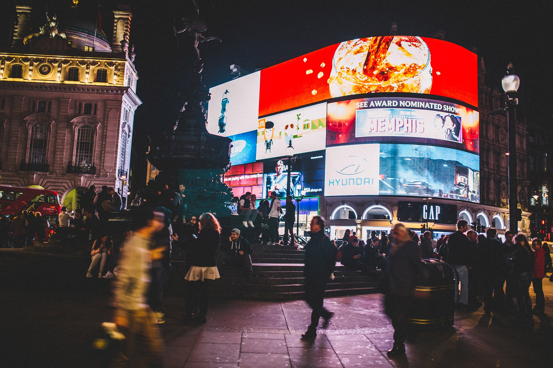 Piccadilly Circus (cc -pixabay)